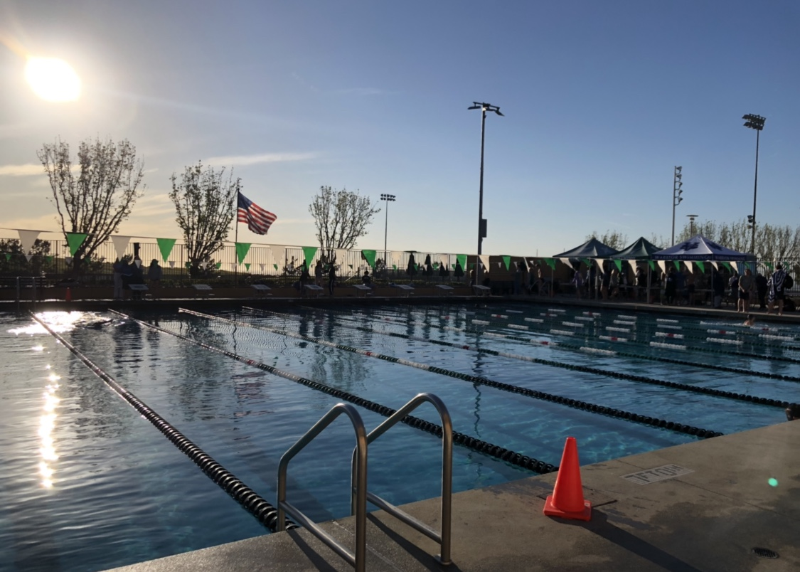 All+swimmers+have+exited+the+pool+after+warm-down.