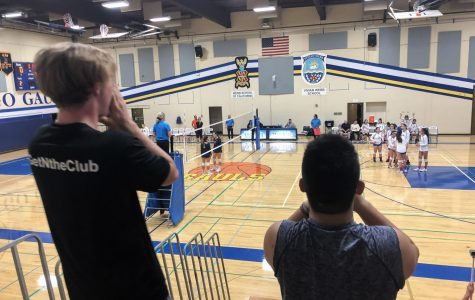 Student support energizes VWS varsity volleyball