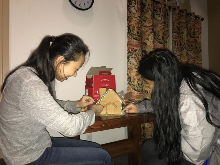 Nancy Li ('22) and Haley Colorado ('22) joined their creative forces to construct a gingerbread house.